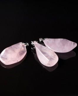 Pakabukas iš rožinio kvarco akmens PAK114