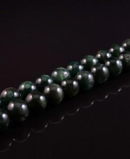 Natūralūs žaliio apatito akmems karoliukai 8mm 50vnt KA175
